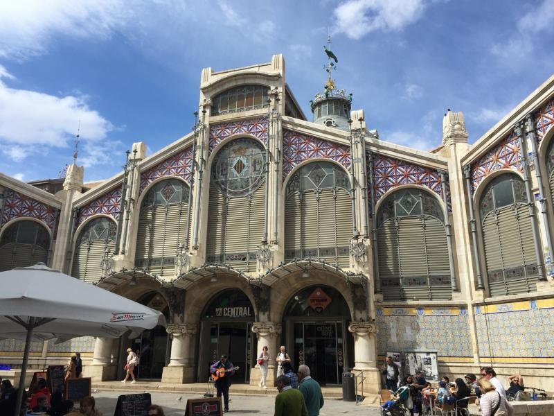 Valencia Central Market outside